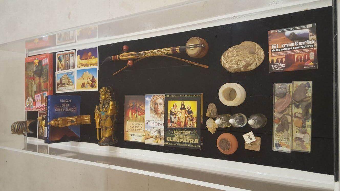 Fósiles, vasijas, maquillaje, esencias, otros..